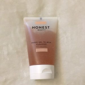 Honest Beauty magic gel to milk cleanser